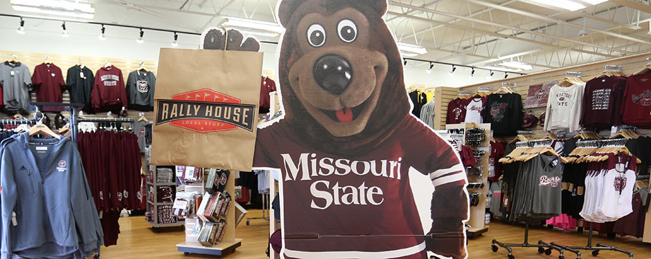 Gather with alumni and friends to celebrate the maroon and white during Bears in the (Rally) House event Aug. 2 in Fenton.