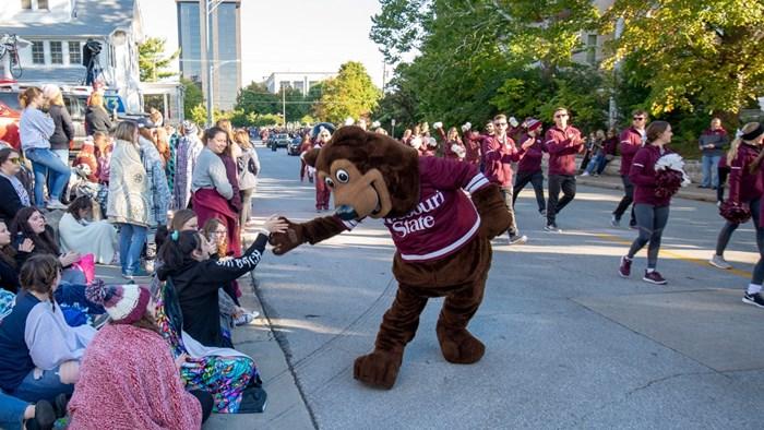 Band of Bears Homecoming Parade