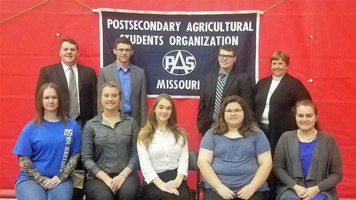 8 students place at state agriculture conference